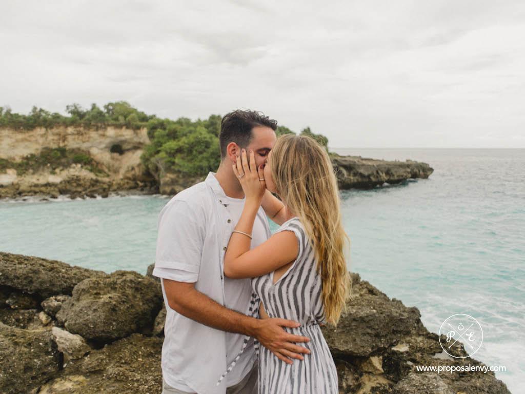 proposal kiss